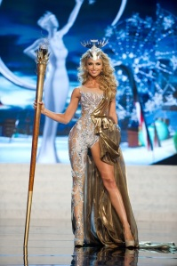 Miss Universe South Africa contestant melinda Bam kicks it up a notch in National Costume presentation at PHLive last night